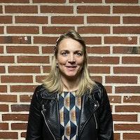 Dorthe V. Houmøller